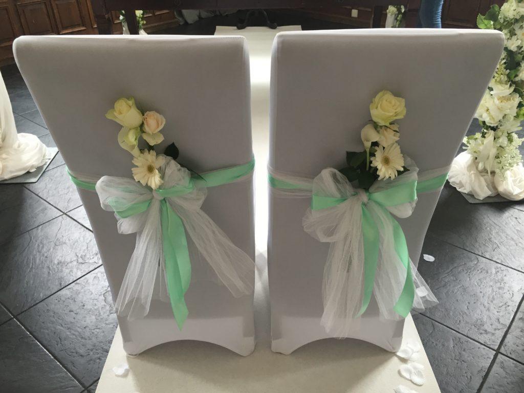 De Ballonnenkoning-Koetshuis-Rotterdam-stoelen-bruidspaar