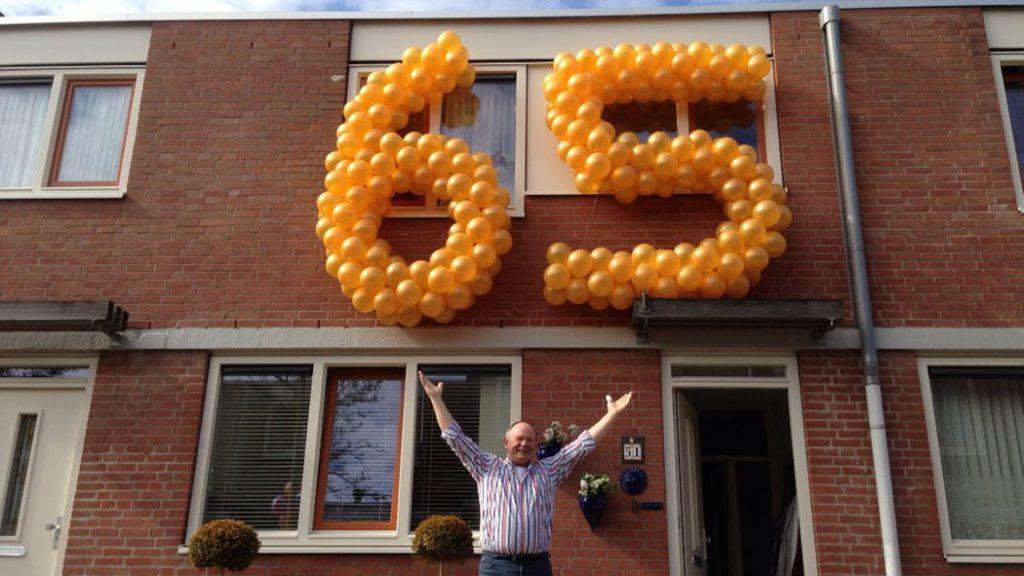 De Ballonnenkoning - ballon leeftijd 65 - goud