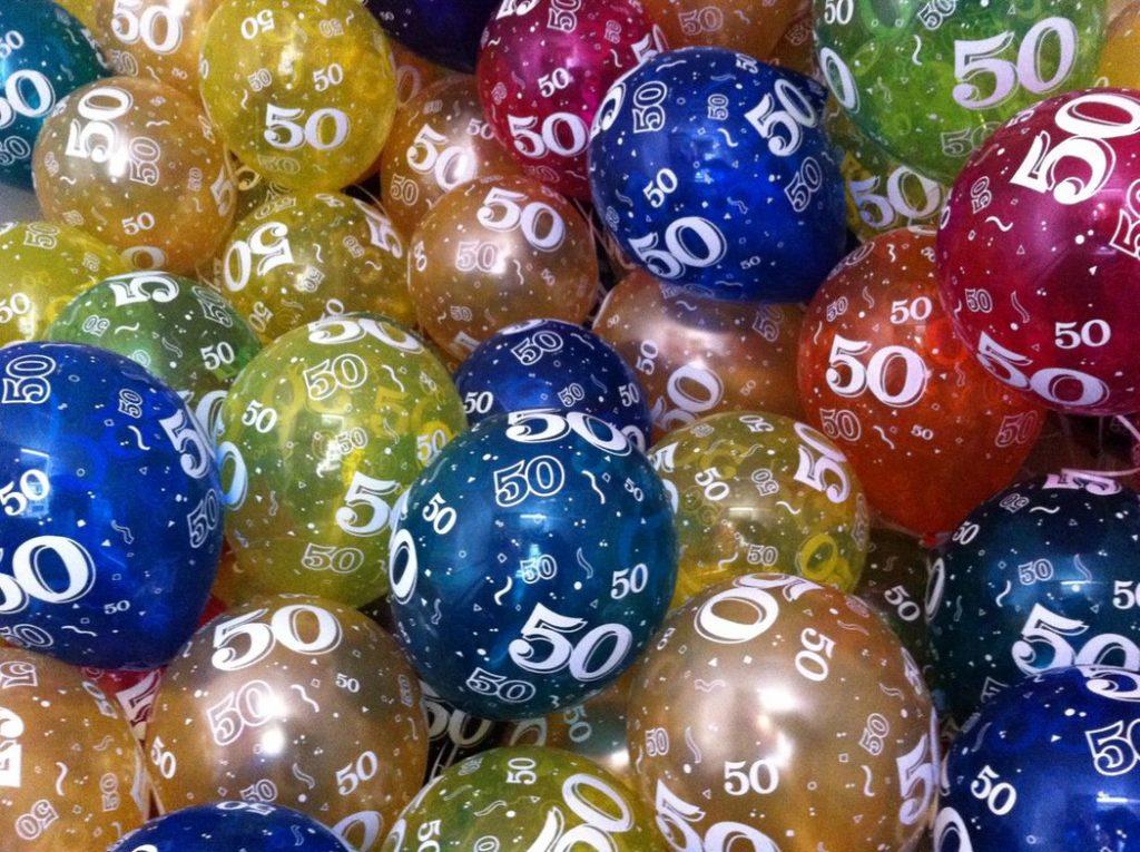 De Ballonnenkoning - ballon leeftijd 50 - goud