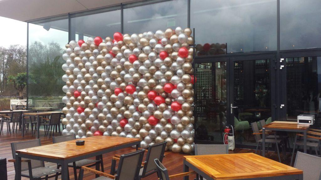 De Ballonnenkoning - ballonwand of ballonmuur - goud zilver rood