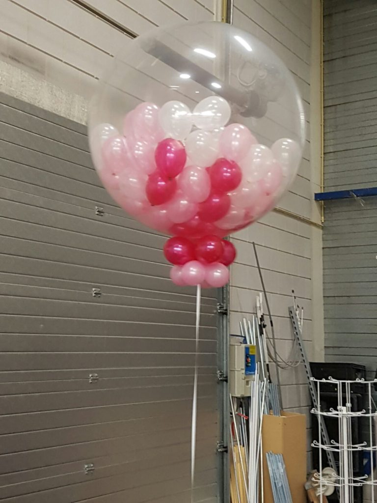De Ballonnenkoning - grote ballon kleine ballonnen - wit roze
