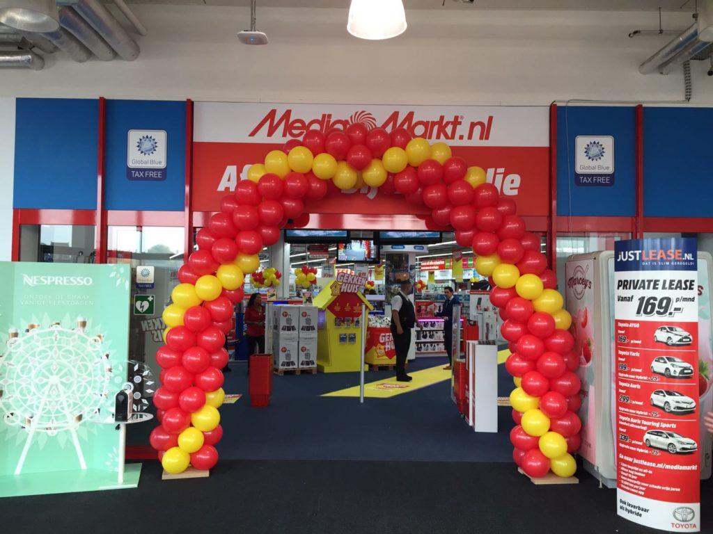 De Ballonnenkoning - ballonboog - rood geel - media markt