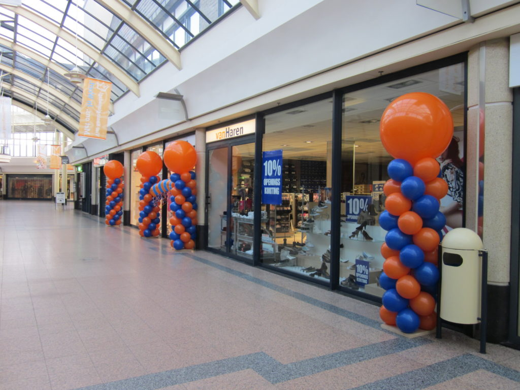 De Ballonnenkoning - ballonpilaren - oranje blauw - oranje topballon