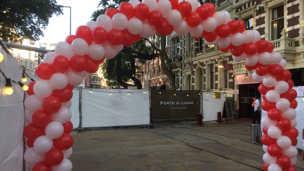 De Ballonnenkoning - ballonboog - rood wit