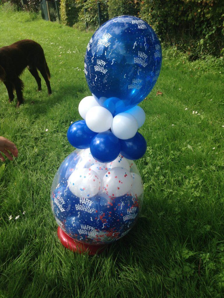 De Ballonnenkoning - ballon leeftijd 16 - ballonpilaartjes - roze wit zilverDe Ballonnenkoning - happy birthday - blauw wit
