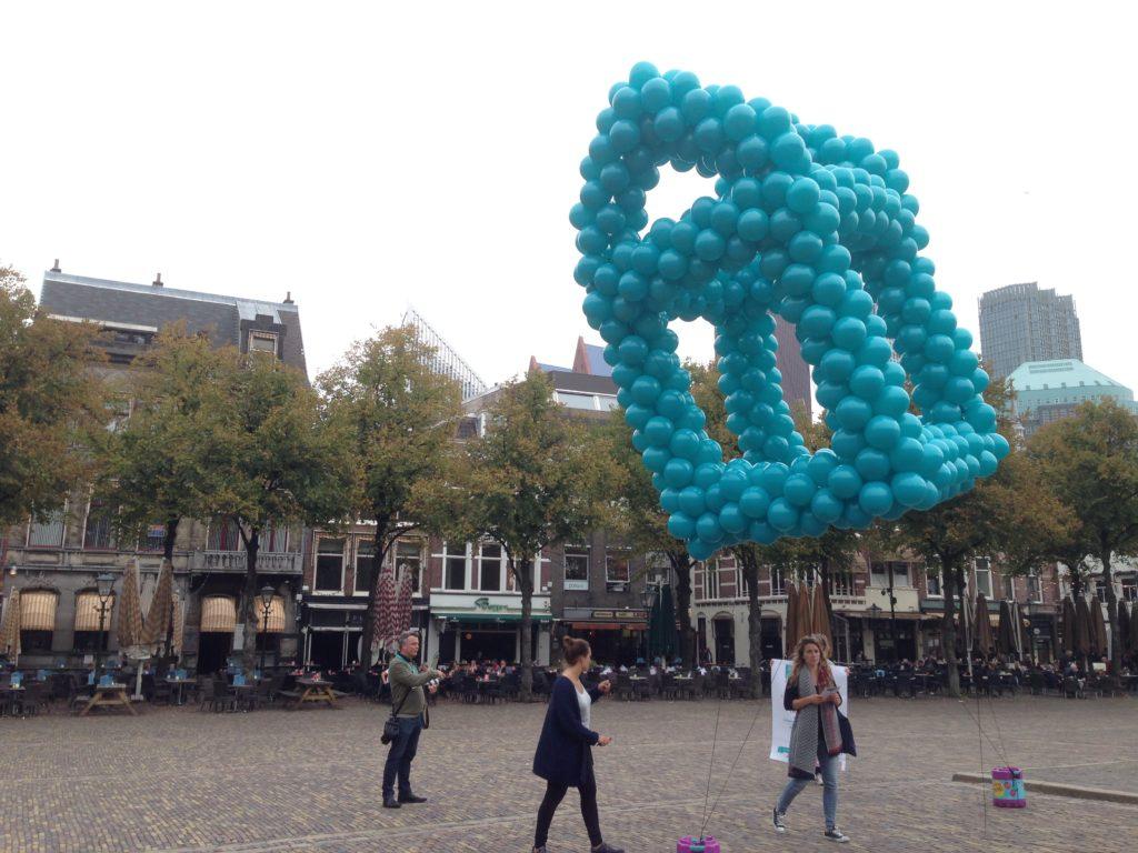 De ballonnenkoning - evenement decoratie - ballon huis - turquoise