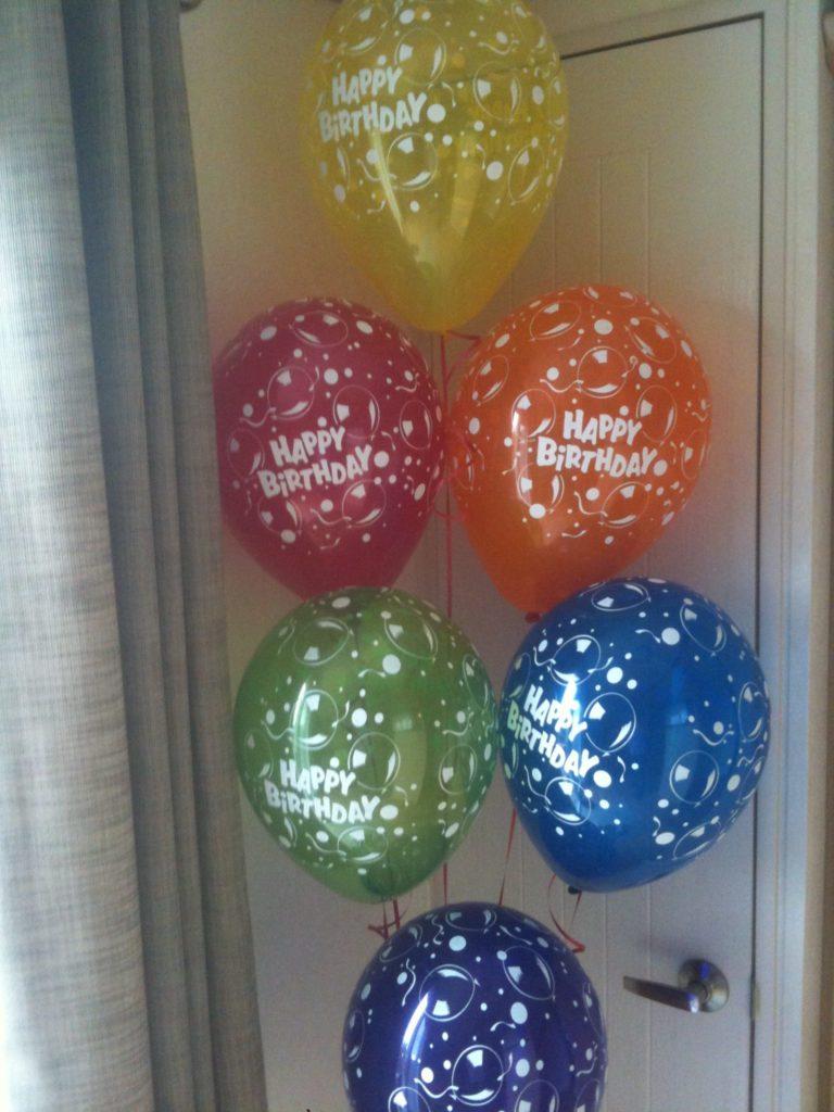 De Ballonnenkoning - happy birthday - oranje paars groen geel blauw