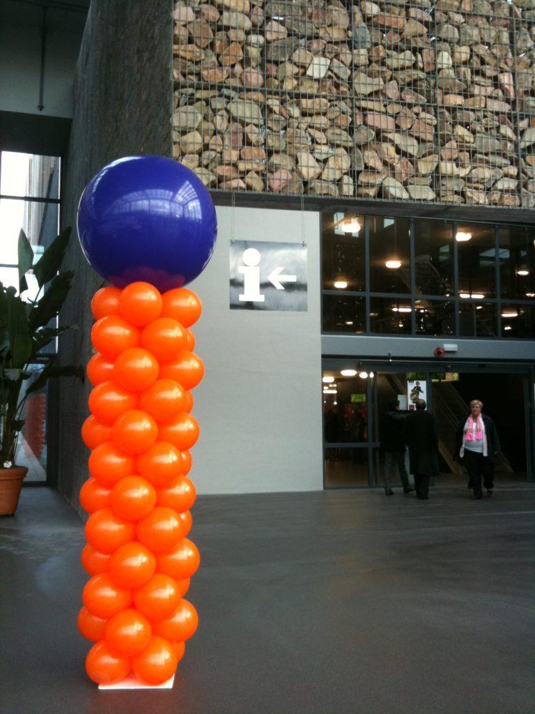 De Ballonnenkoning - ballonpilaar - oranje - paarse topballon