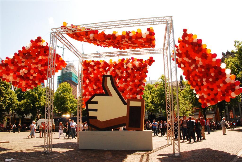 De Ballonnenkoning - ballonwand of ballonmuur - geel rood wit oranje