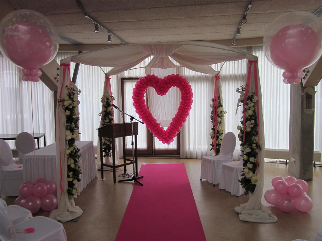 De Ballonnenkoning - ballon pilaren - bedrukte doorzichtige topballonen - ballon hart - zilver roze magenta