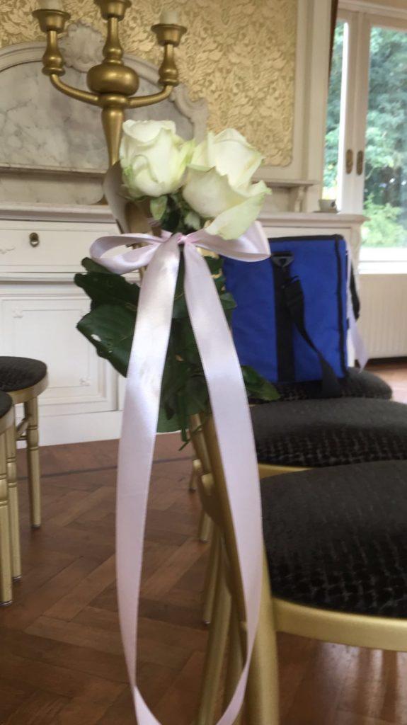 De Ballonnenkoning-Hooge-Vuursche-trouwzaal-decoratie-bloemen