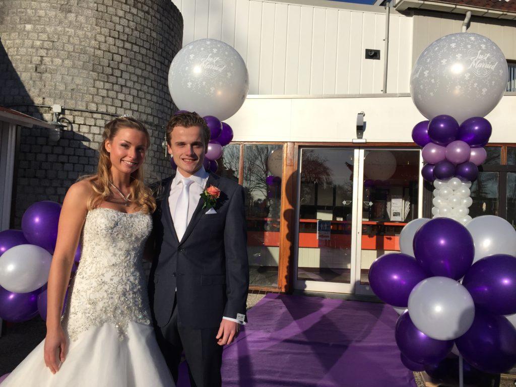 De Ballonnenkoning-Theetuin-Ridderkerk-ballonnen-bruidspaar