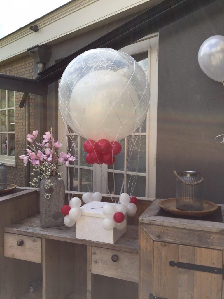 De Ballonnenkoning - Brasserij Delft - Enveloppendoos just married magenta