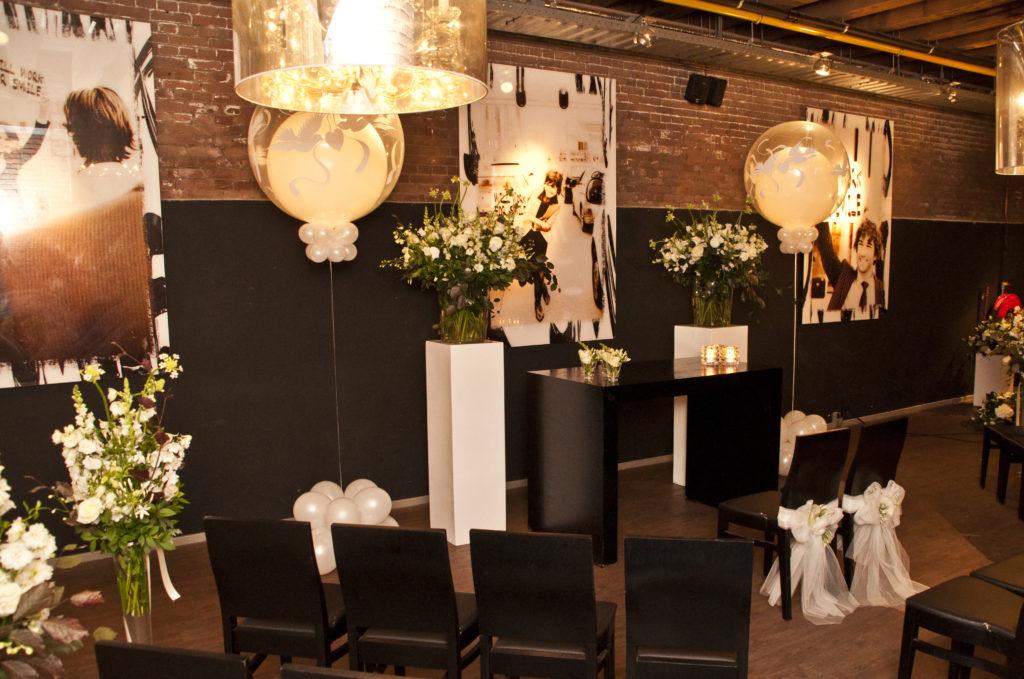 De Ballonnenkoning - hospitalityclub - decoratie trouwen ceremonie duiven compleet opstelling