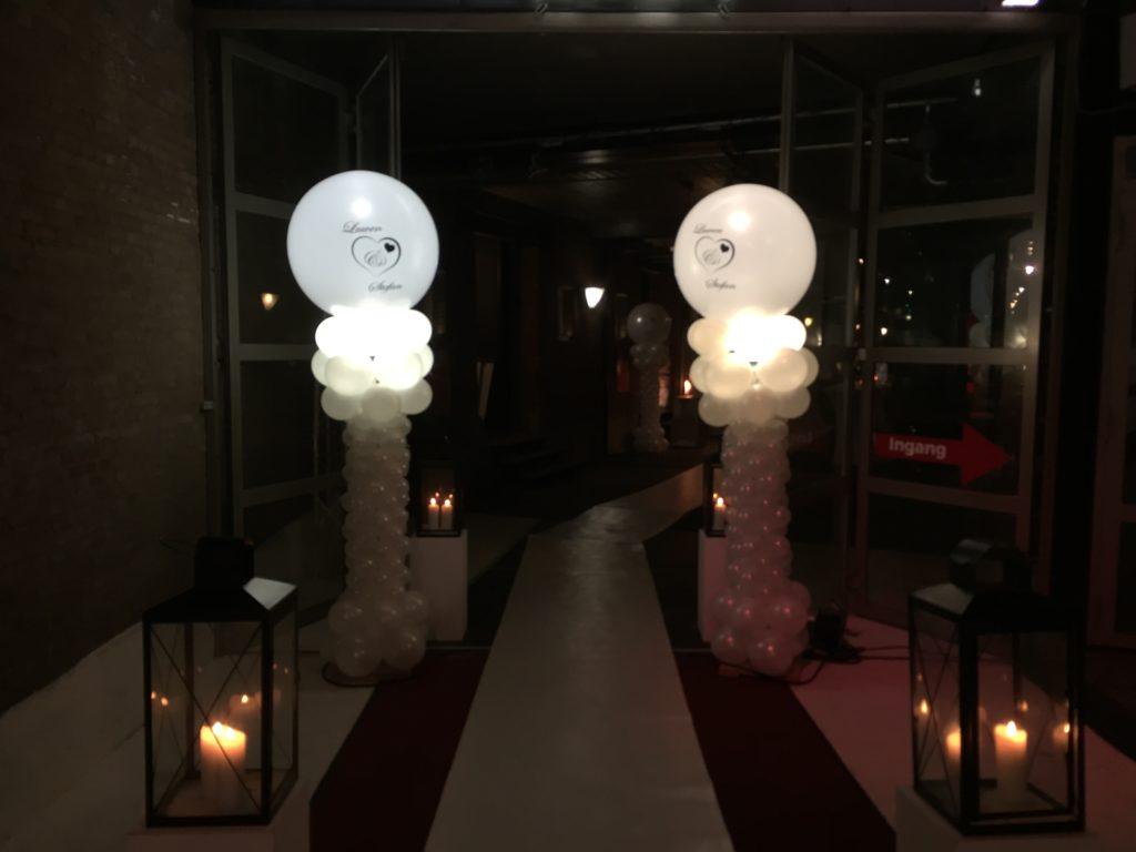 De Ballonnenkoning - hospitalityclub - decoratie trouwen ballonpilaren met opdruk