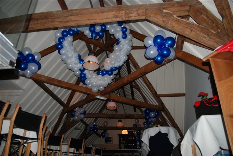 De Ballonnenkoning-Kasteel van Rhoon-ballondecoratie-ballonhart