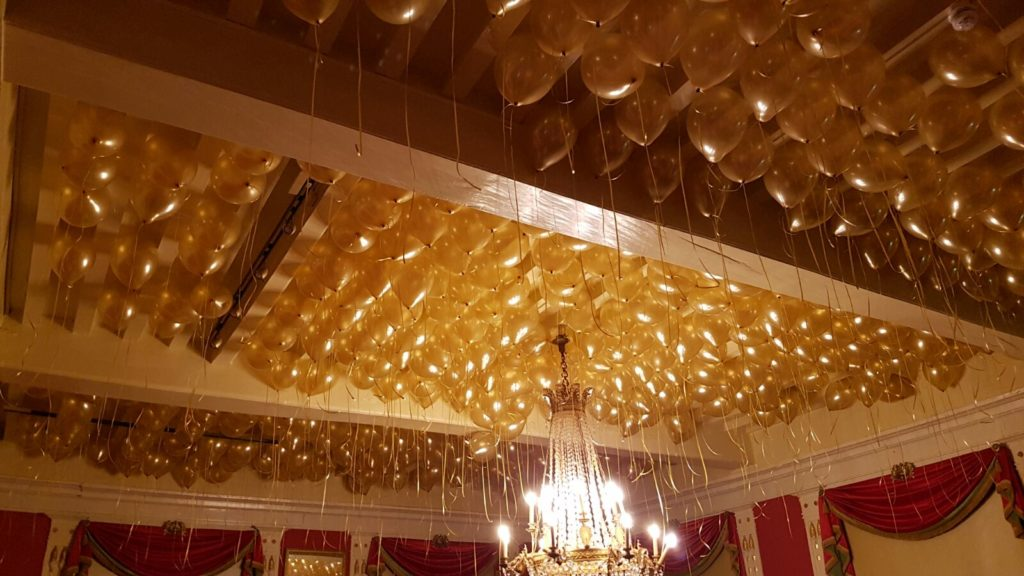 De Ballonnenkoning-Kasteel van Rhoon-ballondecoratie-ballonnenplafond goud