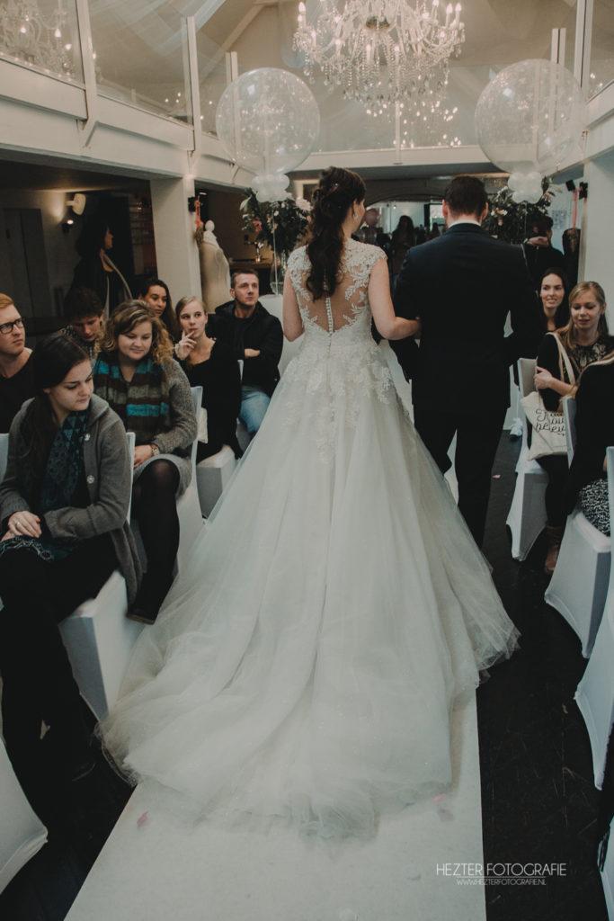 De Ballonnenkoning - Witte Brug - Trouwbeleving- decoratie trouwceremonie bruidspaar 2