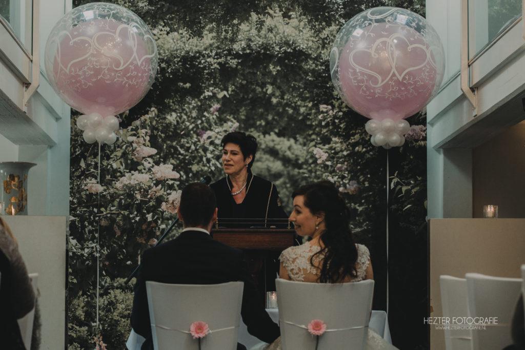 De Ballonnenkoning - Witte Brug - Trouwbeleving- decoratie trouwceremonie bruidspaar ambtenaar