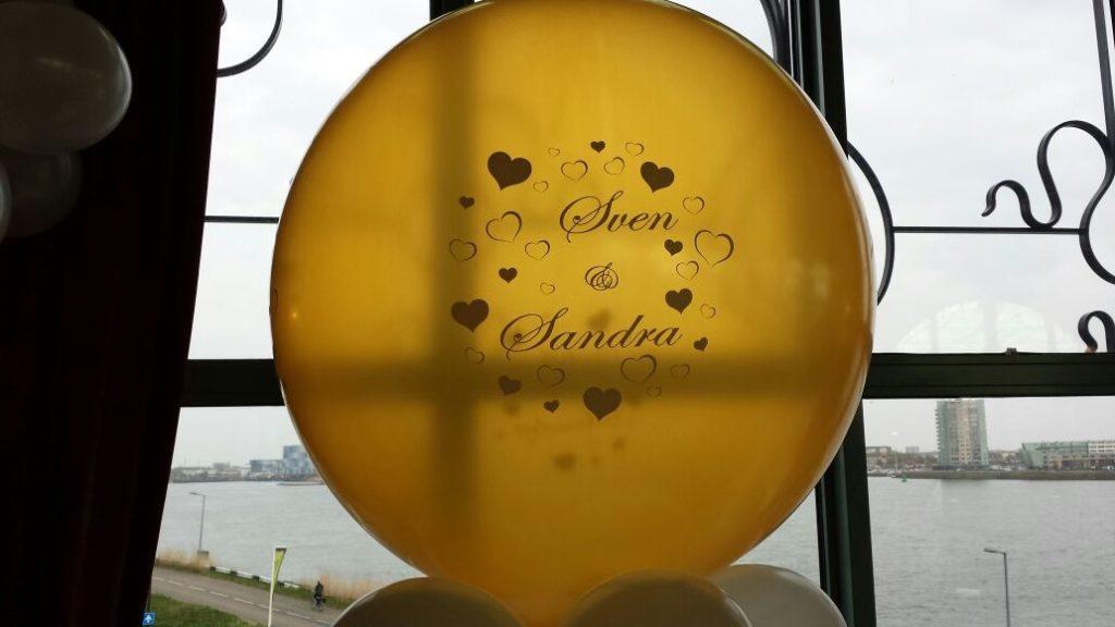 De Ballonnenkoning-Zalmhuis-diner-grand-salle-ballonnen-helium-bedrukt